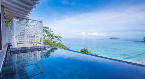 Hotel with private pool - The Shore At Katathani