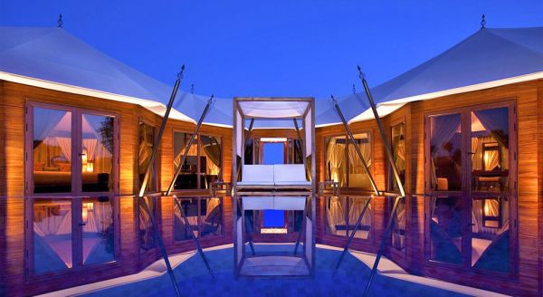 Hotel with private pool - Banyan Tree Al Wadi