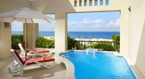 Hotel with private pool - The Cove Rotana Resort