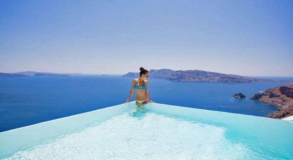 Hotel with private pool - Canaves Oia Suites & Spa