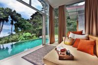 Hotel with private pool - Ambong Pool Villas - Private Pool