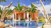 Hotel with private pool - Royal Garden Villas